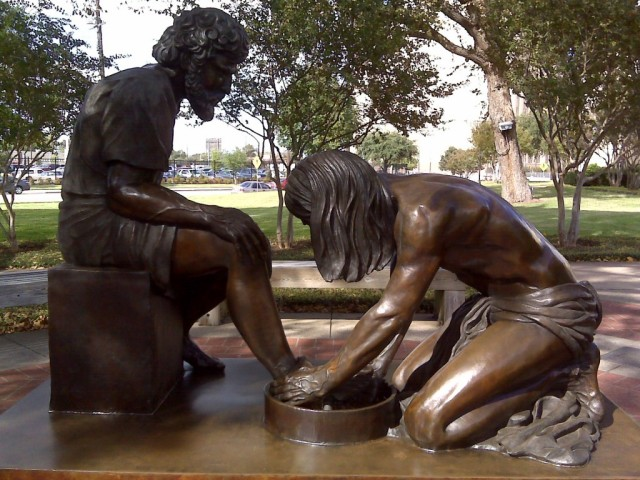 jesus washing feet 2